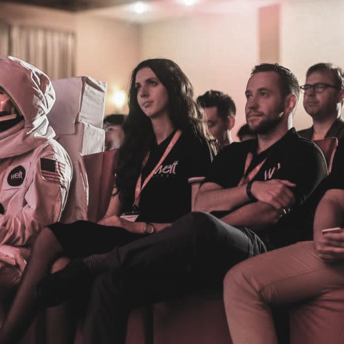 WeltPixel Team Meet Magento Cosmo